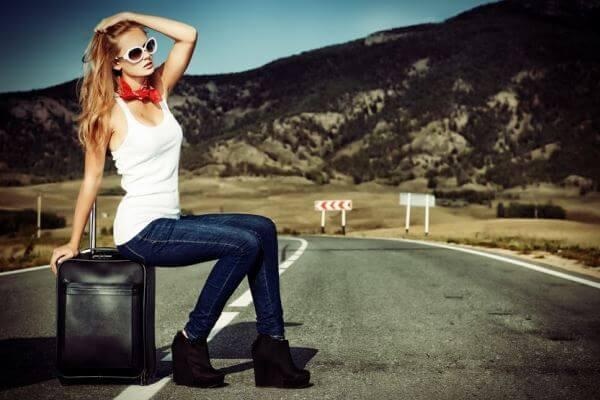 一人旅する女性